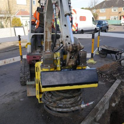 Kobus pipe puller replacing galvanized steel service pipe